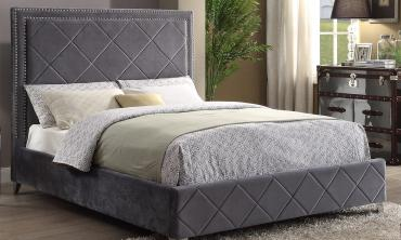 Jeffy Velvet Upholstered Platform Bed